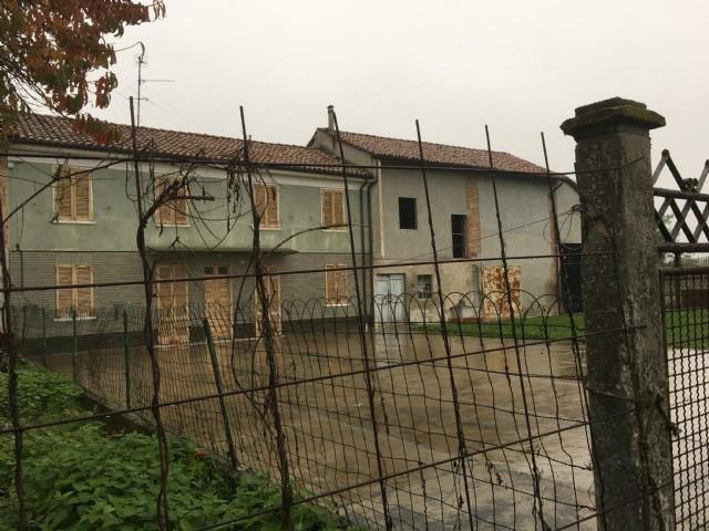 Rustico / Casale in vendita a Casei Gerola, 7 locali, prezzo € 120.000 | CambioCasa.it