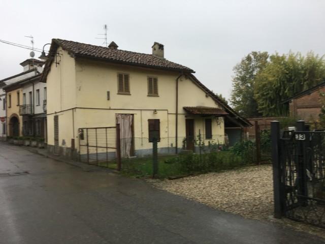 Rustico / Casale in vendita a Casei Gerola, 4 locali, prezzo € 60.000 | CambioCasa.it