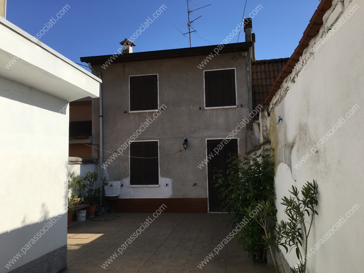 Rustico/Casale/Corte in Vendita Isola Sant'Antonio