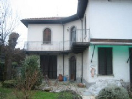 Detached villa in GRAVA ad. ze CASTELNUOVO SCRIVIA