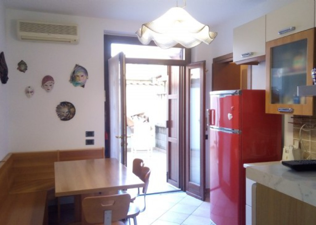 Sale Semi-detached Tromello - Detached house via Monte Grappa, Tromello Locality