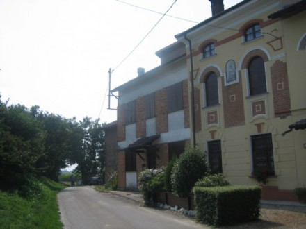 cottage and farmhouse half hour an Milan