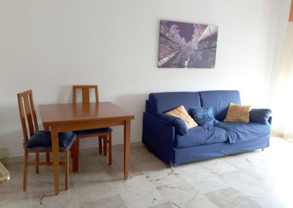 Sale Apartment Vigevano - Vigevano 2 room center with kitchen Locality