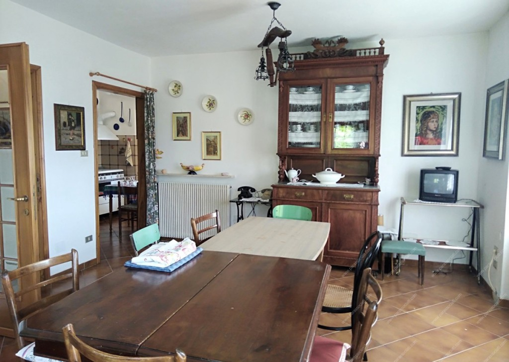 Sale Independent houses Mongiardino Ligure - Independent house with land Locality